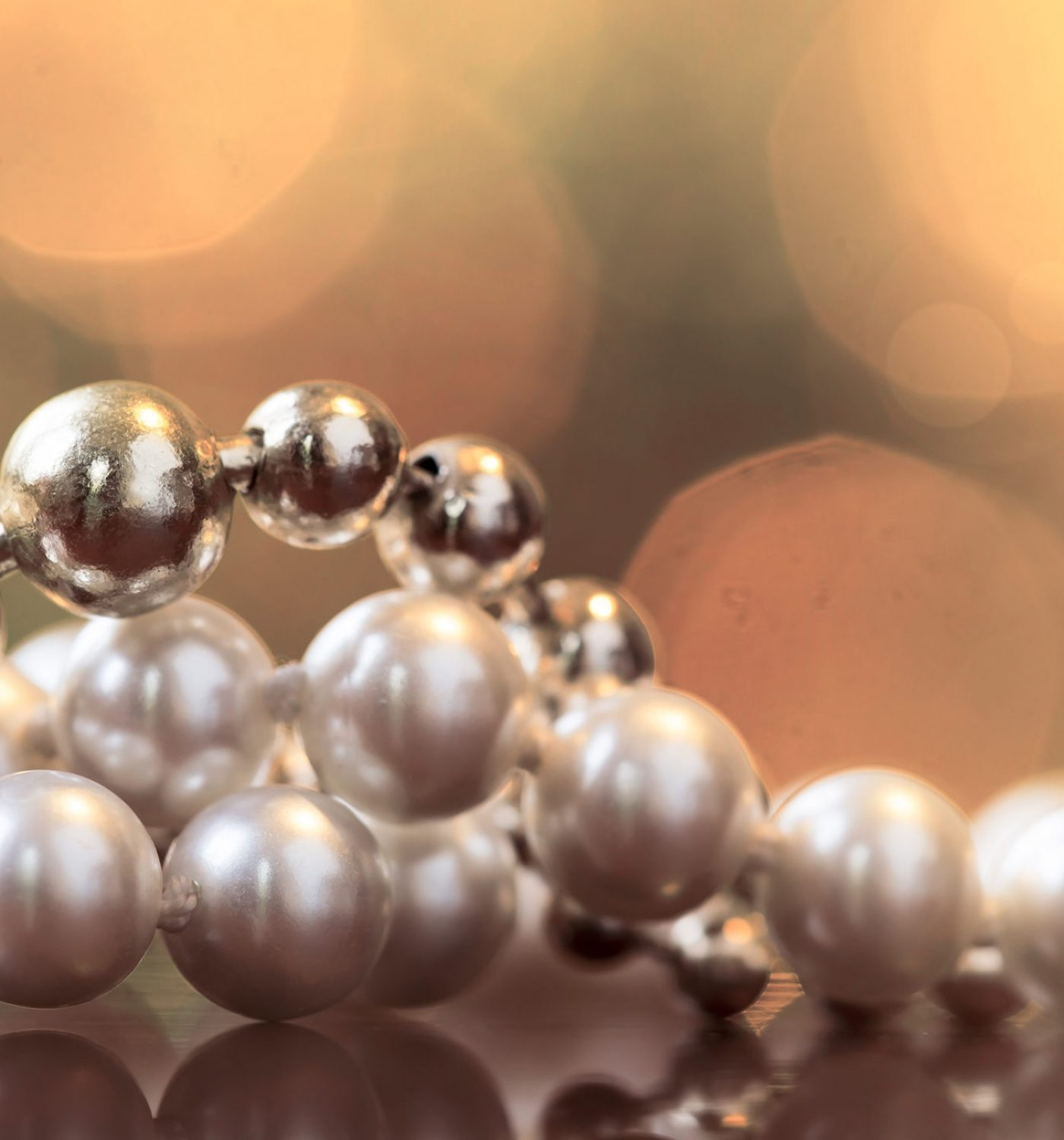 Christmas shopping concept - pearl necklace gift for woman